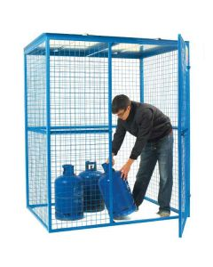 Lock-Up Security Cages - In Use